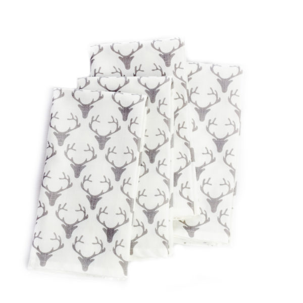 Serviettes-de-table-blanches-avec-cerfs-table-napkin-grey-deer-35set-deco