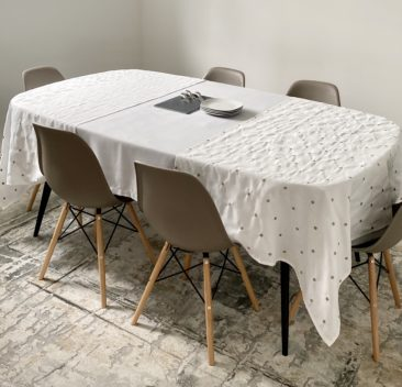 nappe-texturée-grise-extension-brodé-textured-grey-tablecloth-embrodery-extension-35set-deco